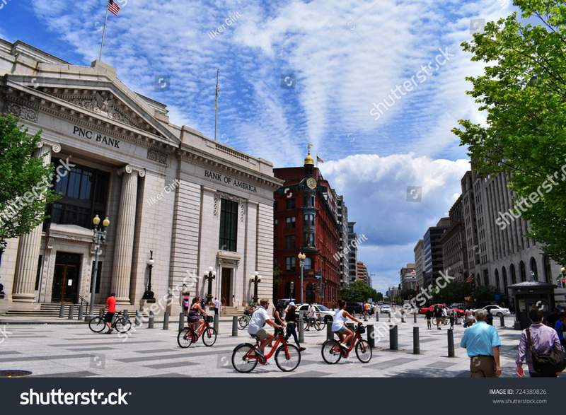 stock-photo-washington-d-c-usa-july-people-drive-bikes-in-washington-d-c-724389826